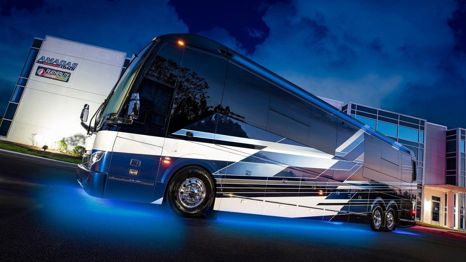 Featherlite Coaches Luxury Prevost Conversions Motorhomes